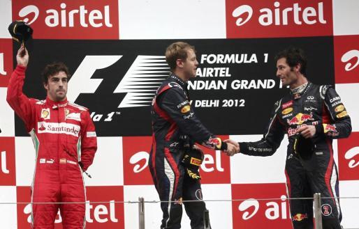 El piloto de Ferrari Fernando Alonso fue segundo en el Gran Premio de La India. Sebastian Vettel gana y tercero es Mark Webber