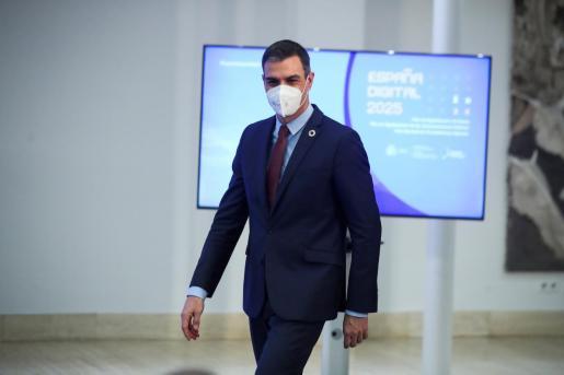 Pedro Sánchez sigue siendo el líder político mejor valorado, aunque con la nota más baja del último año.