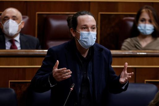 El vicepresidente segundo del Gobierno, Pablo Iglesias, interviene en la sesión de control al Gobierno, este miércoles en el Congreso de los Diputados.