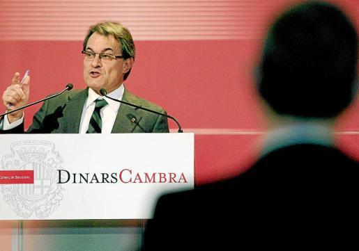 Artur Mas, durante su intervención en una conferencia-comida ofrecida por la Cámara de Comercio de Barcelona.