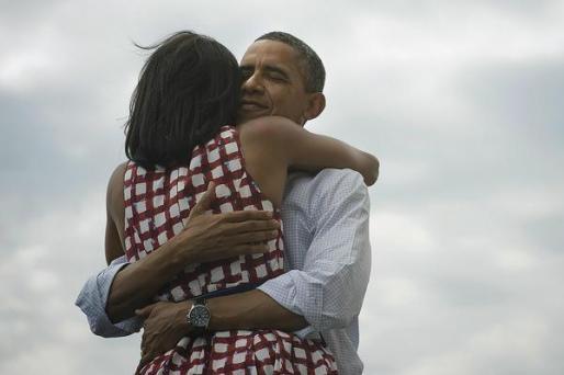 Ésta es la imagen que Obama ha incluído en el 'tweet' con el que ha anunciado su victoria.