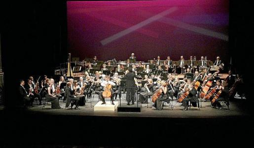 Un instante del concierto de la Simfònica, en su primer concierto en el Principal de Palma.
