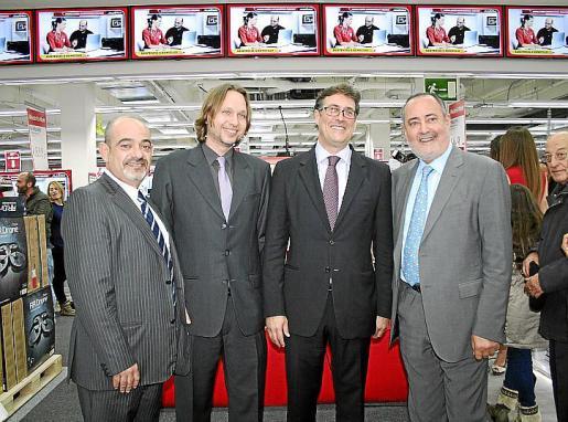 Alfonso Moll, Florián Buch, Xavier Rofes y Jesús Boyero, en la fiesta de presentación de Media Markt en el centro Ocimax.