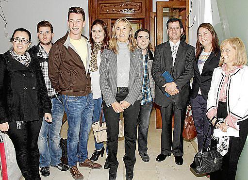 Rocio Martín, Conrado Gayà, Pedro Alvarez, Laura Montenegro, Teresa Palmer, Francisco Caimari, Carlos López, Margalida Sastre y Monserrat Casas.