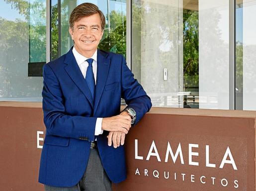 Carlos Lamela.