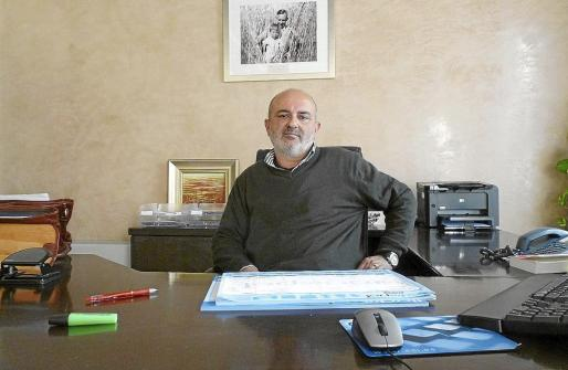 El alcalde, Miquel Cifre, ha decidido tomar cartas en el asunto ante la pasividad de Madrid.
