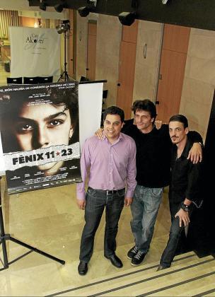 Èric Bertran, Joel Joan y Sergi Lara posan en Can Alcover-Espai de Cultura.