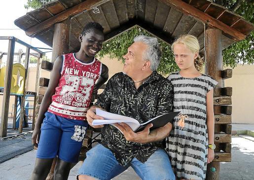 El cineasta Toni Bestard dirigirá la nueva serie de IB3 y CEF.