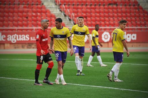 Sevilla durante el partido que disputó el Mallorca ante el Almería en Son Moix.