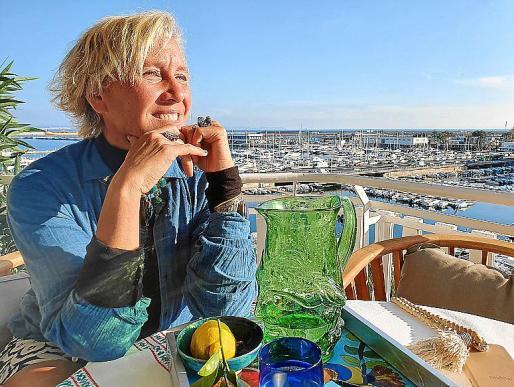 Alexandra Senes ve en Mallorca muchos aspectos por descubrir.