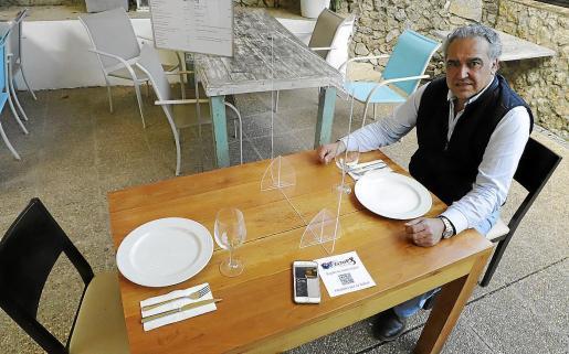 Alfonso Robledo acudió a la Jefatura policial palmesana y presentó una denuncia.