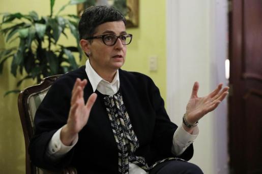 La ministra española de Asuntos Exteriores Arancha González Laya durante una entrevista con Efe este sábado en Bogotá (Colombia).