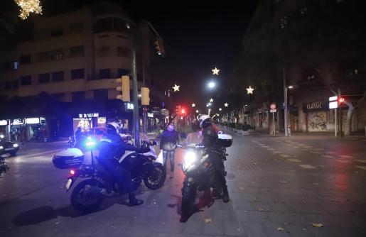 Agentes del Grupo de Atracos de la Policía Nacional, al frente de la investigación.