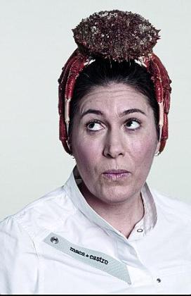 Macarena de Castro, en la campaña 'Chefs' de Estrella Damm.