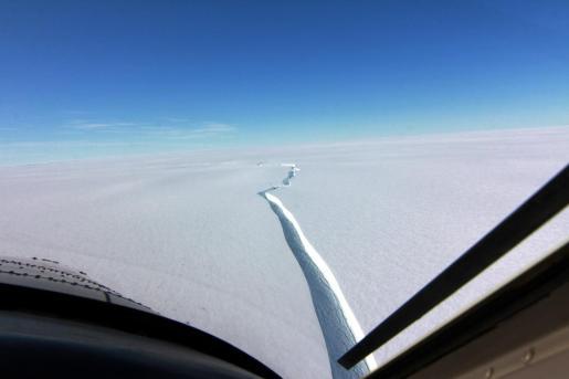 El iceberg se ha desprendido de la plataforma de hielo antártica Brunt, de 150 metros de espesor.