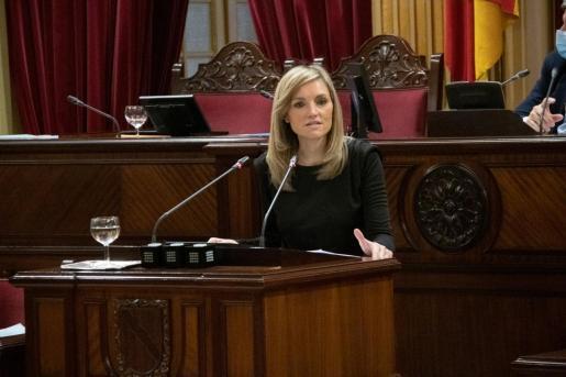 La coordinadora de Ciudadanos, Patricia Guasp, ha defendido la necesidad de la comisión de investigación para esclarecer el proceso de vacunación.