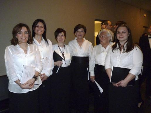Marta Rivera, Remedios Cruz, Marosa Vázquez, Maite Pérez, Carmen Villa y María García.