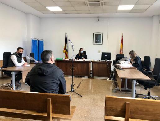 El acusado, en el juicio celebrado este jueves en Vía Alemania.