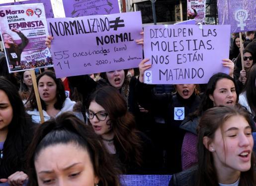 Vista de la manifestación feminista de estudiantes con motivo del 8M.