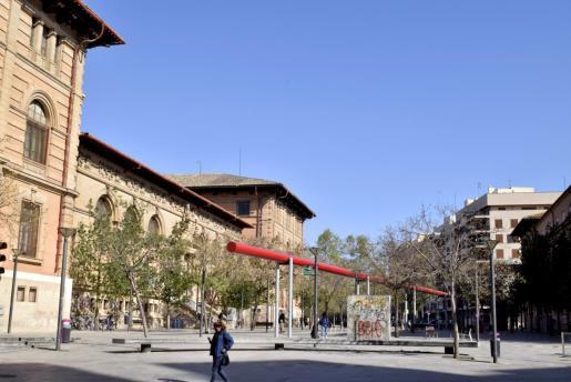 La Plaza del tubo en Palma era el escenario de la historia inventada por la joven,