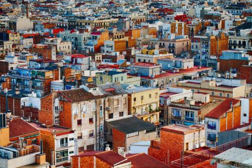 La presidenta de la entidad, Carmen Planas, ha criticado las políticas del Govern por ser «totalmente insuficientes para resolver el grave problema de vivienda que padecen de forma cada día más acuciante la inmensa mayoría de los ciudadanos de Baleares».