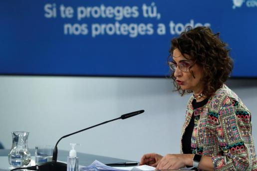 La portavoz del Gobierno, María Jesús Montero, durante la rueda posterior a la reunión del Consejo de Ministros celebrada este martes en Moncloa.