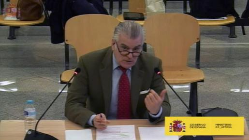Captura de la señal Institucional de la Audiencia Nacional del extesorero del PP Luis Bárcenas en su segundo día de declaración en el juicio por la caja b del PP.