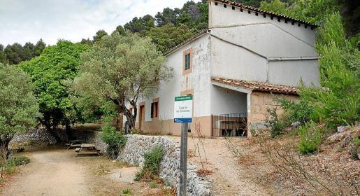 Imagen del edificio donde abrirá sus puertas el futuro refugio de montaña de Planícia.