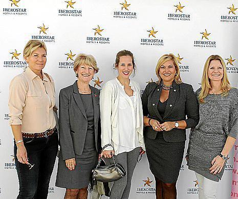 Alexander Hoogstraate, Kate Mentink, Cristina Egurrola, Kettilyn Magnusson e Isabelle Van Passel.