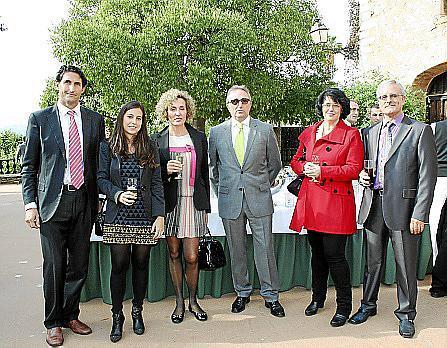Javier Balaguer, Cecilia Rivera, Lola Méndez, José Manuel Pravos, Francisca Nicolau y Emilio Tobar.