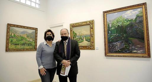 Mercedes Oliver y Joan Oliver 'Maneu', en esta galería de Palma.