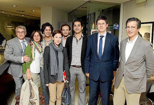 Miguel Cerdà, Alicia de Miguel, Neus Cañellas, Miquel Quetglas, Pepa Jiménez, Toni Oliver, Ismael Campos y Javier Capelastegui.