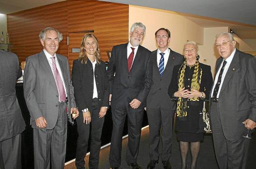 Tomás Graves, Teresa Palmer, Giles Paxman, Paul Abrey, Olga Lallesdert y Tummy Bestard.