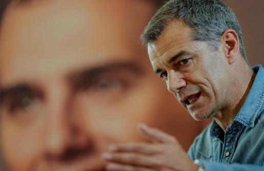 """GRAFCVA3544. VALENCIA, 10/04/2019.- El candidato de Ciudadanos a la presidencia de la Generalitat, Toni Cantó, afirma que es """"indispensable"""" no solo que él gobierne la Comunitat Valenciana tras el 28 de abril, sino que Albert Rivera lo haga en España, lo cual permitiría resolver problemas como la financiación autonómica.EFE/ Manuel Bruque Cantó: Es indispensable que yo gobierne en la Comunitat y Rivera en España"""