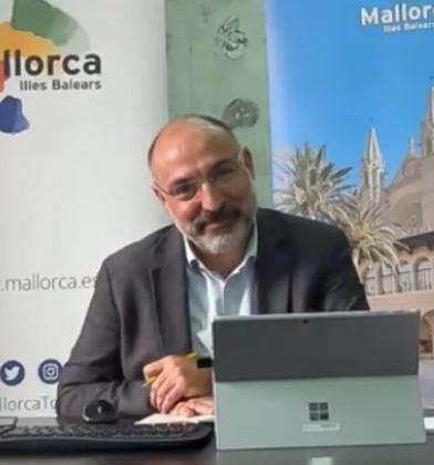 El conseller insular de Turisme, Andreu Serra, incentiva las reuniones.