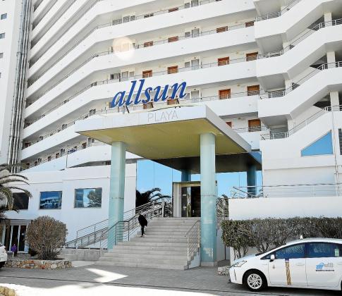 El hotel Allsun Pil·larí Playa reabre este martes sus puertas al turismo en la Platja de Palma.