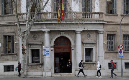 La vista se celebró en una sala de lo Penal de Vía Alemania.