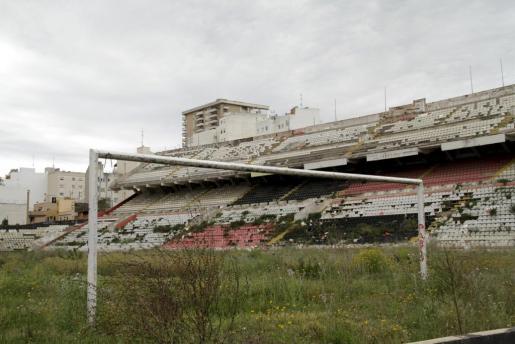 Imagen del interior del estadio Luis Sitjar.