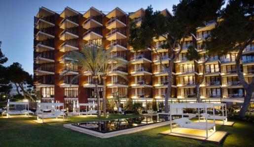 MAGALUF. HOTELES. Meliá invertirá 3 millones en el hotel Meliá de Mar, que será de gran lujo