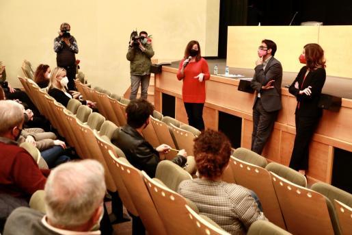 Francina Armengol ha mantenido este miércoles una reunión con alcaldes y agentes económicos de la zona de Llevant.