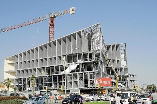 Las obras del Palacio de Congresos están paralizadas desde finales del pasado mes de julio.
