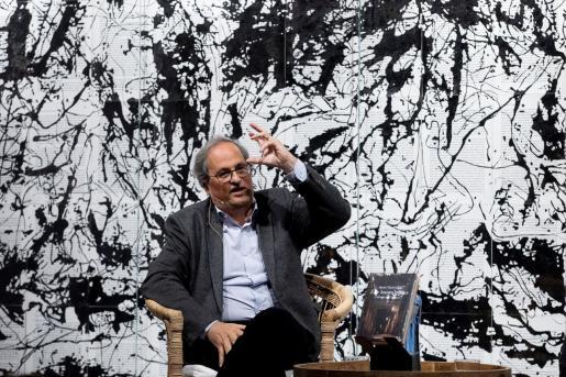 El expresidente de la Generalitat Quim Torra, durante la presentación de su libro 'Les hores greus', este lunes en Barcelona.