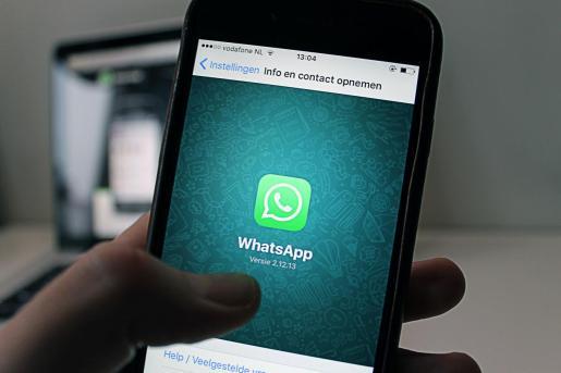 WhatsApp e Instagram sufren una caída global