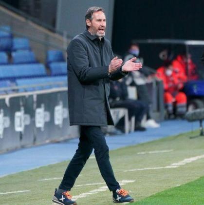 Imagen de Vicente Moreno durante el partido ante el Logroñés.