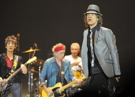 Un momento de la actuación de los Rolling anoche en Londres, en un concierto que presenciaron 20.000 personas.