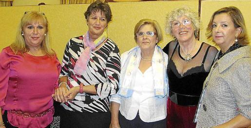 Trinidad Esteve, Irene Kehl, Geno Terrón, Caty Escandell y Mercedes Alonso.