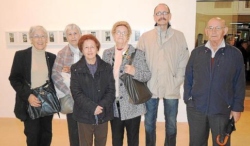 Catalina Corró, Magdalena Corró, Carme Mata, Clara Coli, Antonio de Plandolit y Matias Mulet.