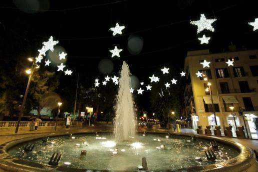 Imagen de la Plaza de la Reina durante las Navidades pasadas.