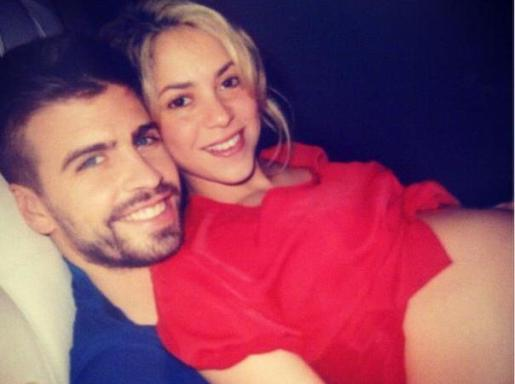 Piqué y Shakira, felices y a punto de ser papás.