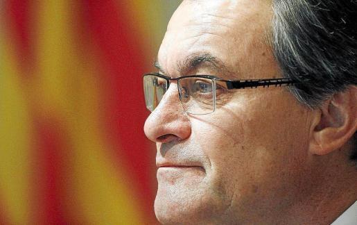El presidente catalán en funciones, Artur Mas, durante la primera reunión del Govern tras las elecciones del 25-N.